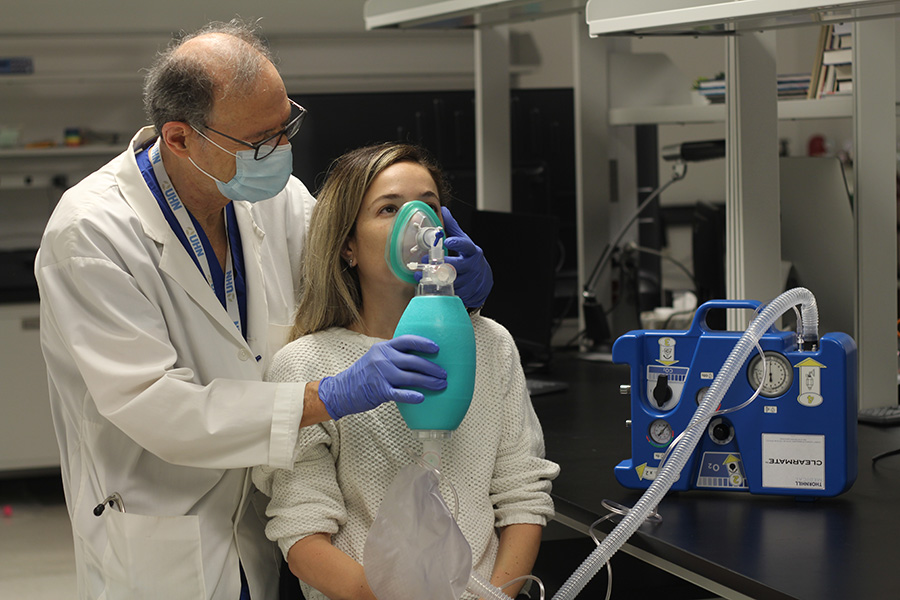 Dr. Fisher demonstrating how ClearMate™ works